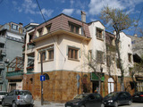 Stylish 3-storey house with garden, garage, shop and office in Kurshiyaka