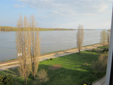 Renovated apartment with panoramic views of the Danube