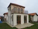Нова, двуетажна, напълно завършена къща
