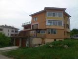 Тристаен апартамент в град Дряново, на 24 км от Велико Търново