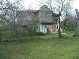 Къща с басейн близо до Варна