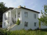 Реновирана 2 етажна къща в село Ливада