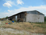 Промишлено хале с регулиран парцел на 10 км от Пловдив