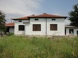 Селски имот до най-стария действащ манастир в Европа