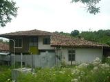 Автентична стара къща в село само на 10 км от Велико Търново