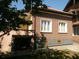 Селски къщи с двор на 12 км от Видин