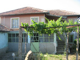 Authentic house with spacious yard 15 km from Elhovo