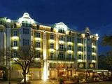 Петзвезден хотел