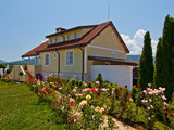 Exclusive summer residence in the village of Lozenets
