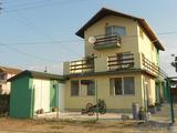 Къща  в  Каварна