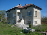 2-storey house with large garden 30 km from Vratsa