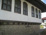 Къща със съхранена автентична българска архитектура на 10 км от Велико Търново