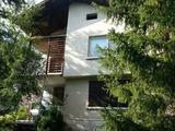 Двуетажна къща в Троянския Балкан и в близост до язовир