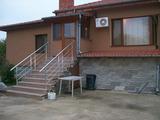 Нова къща с басейн на 3 км от Видин