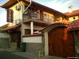 Двуетажна къща за продажба в Бургас