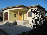 Новопостроена кокетна къща край Пловдив