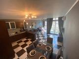Тристаен апартамент в топ центъра на Пловдив