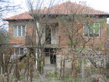 Sunny house with garden 30 km from Yambol