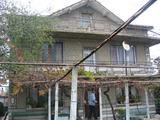Голяма и стабилна къща близо до Ямбол