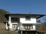 Fully furnished villa in the mountains close to a river