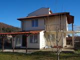 Къща на 3 етажа за продажба близо до Бургас