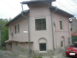 Two-storey house with a garage in the old part of Lovech