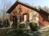 Небольшая вилла в горах около этнографического комплекса Боженци