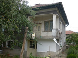 Country house with large garden, 5 km from Vratsa