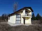 Обзаведена къща за продажба близо до гр. София