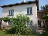 Two-storey house with yard 6 km from Vratsa