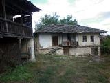 Автентична къща с двор в живописно село близо до Враца