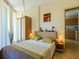 Трехкомнатная квартира в комплексе Емберли в Лозенеце