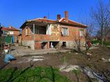Здрава и стабилна къща на 11 км от Елхово