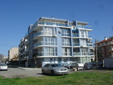 Unfurnished one-bedroom apartment in Sarafovo
