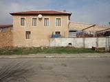 Двуетажна къща близо до Старозагорски Минерални Бани