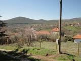 Парцел в регулация в планинско село