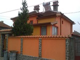 Beautiful house with well-kept yard 8 km from Plovdiv