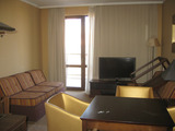 Furnished one-bedroom apartment in gated complex Royal Beach Barcelo