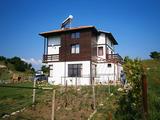 Новпоостроена къща с двор край СПА курорт Сандански