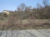 Spacious plot with three old houses near Dryanovo