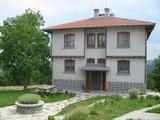 Съвременно обзаведен семеен хотел на 6 км от Трявна