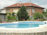 Nice house with swimming pool near protected area on the Maritsca River