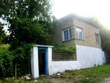 Oбзаведена вила в село на 45 км от Велико Търново