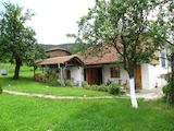 Renovated house with beautiful garden 80 km from Plovdiv