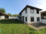 Автентична, реновирана къща в село, само на 17 км от гр. Велико Търново