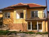 Обзаведена и реновирана къща до река, само на 2 км от магистралата София – Варна