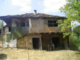 Three plots of land with old house and orchard near Gabrovo