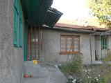 Едноетажна къща за ремонт на 14 км от Велико Търново