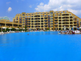 Spacious one-bedroom apartment in complex Midia Grand Resort