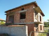 Здрава, двуетажна къща в района на СПА  курорт Сандански
